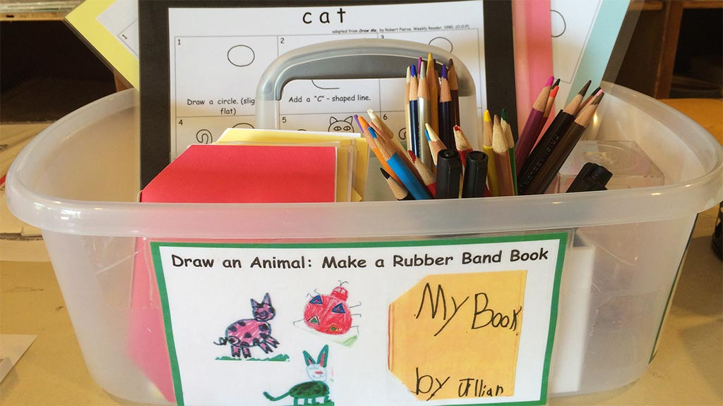 draw books about animals tote