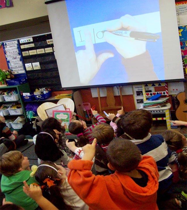 teach kindergartners to write