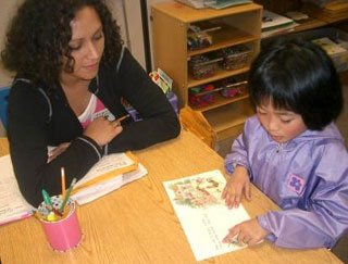parents volunteer in kindergarten classrooms