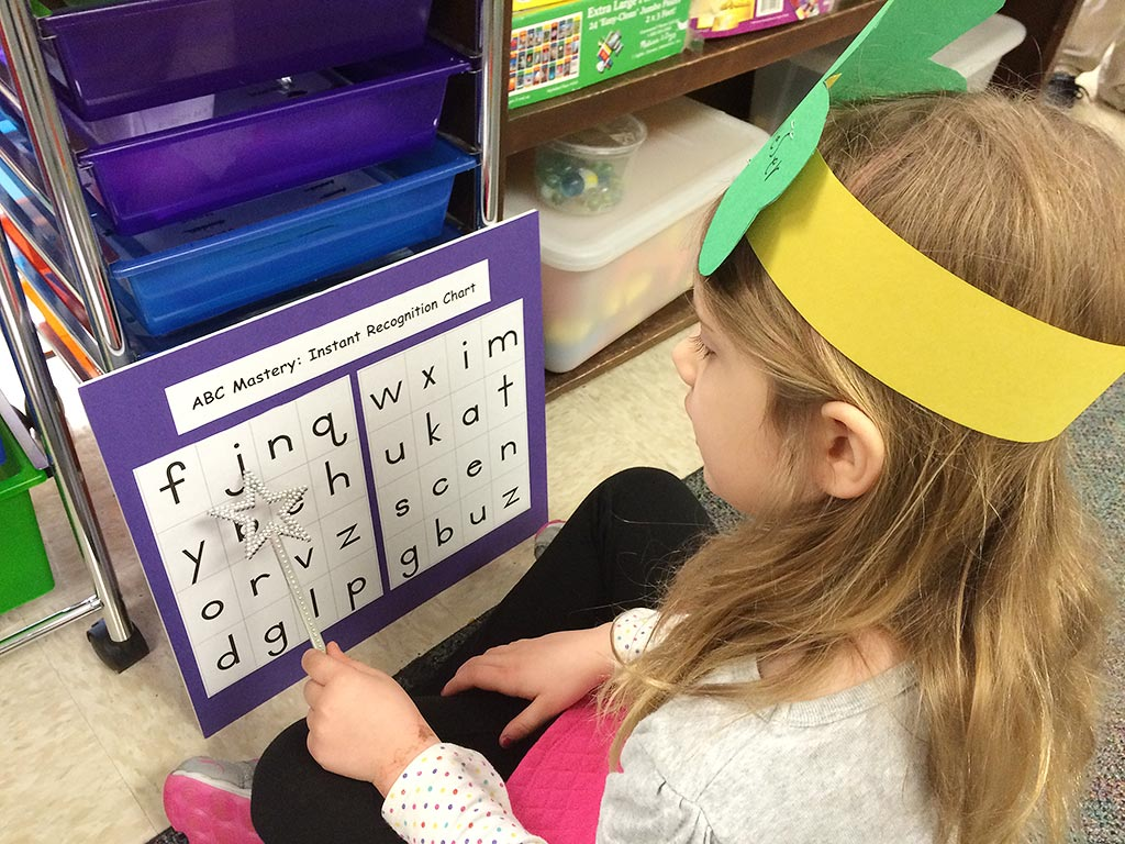 letter recognition activities without key phonics visuals.